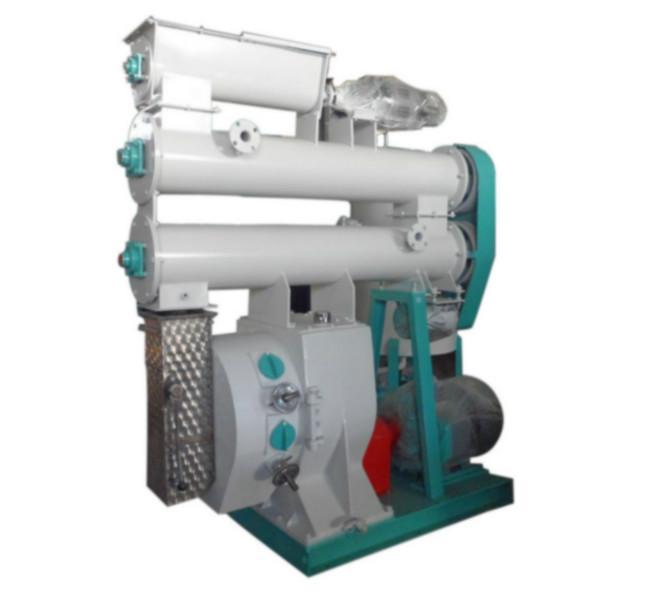 供应新型高效环模350型饲料颗粒机,颗粒饲料加工设备