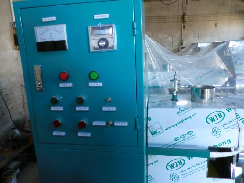 供应多功能螺旋榨油机 100型榨油机价格 花生榨油机厂家