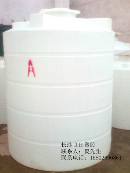 供应南昌20吨,15吨,10吨,5吨,3吨,2吨,1吨水塔价格