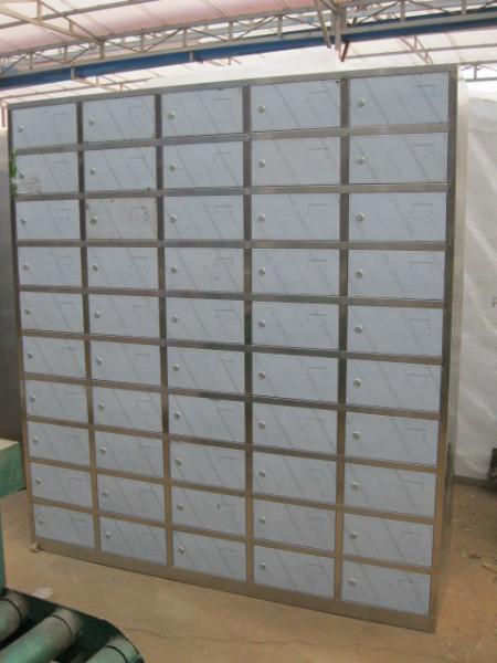 供应不锈钢多门柜多格柜