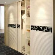 合理利用壁柜门让您的家居空间个性图片