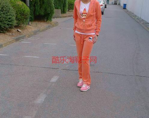 北京/供应北京大嘴猴专卖店,大嘴猴服饰批发商,糖果色系图片