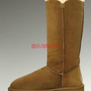 UGG经典畅销款羊皮毛一体雪地靴图片