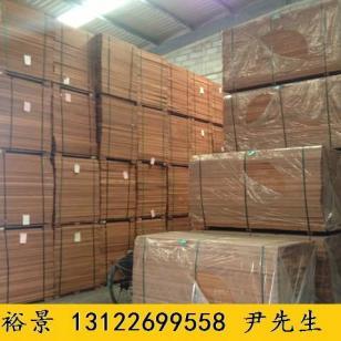 我厂家有大量山樟木板材图片