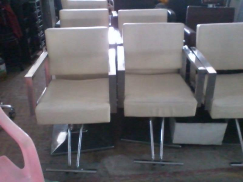 供应深圳发廊美发椅子美容美发设备回收