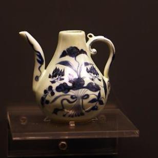 大明成化年制酒壶图片