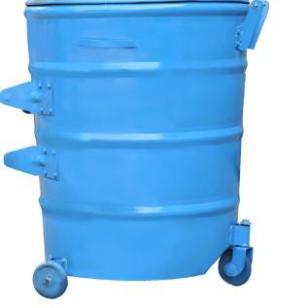 工业区户外铁桶图片