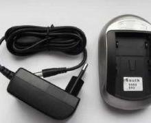三鼎S82GPS锂电池充电器