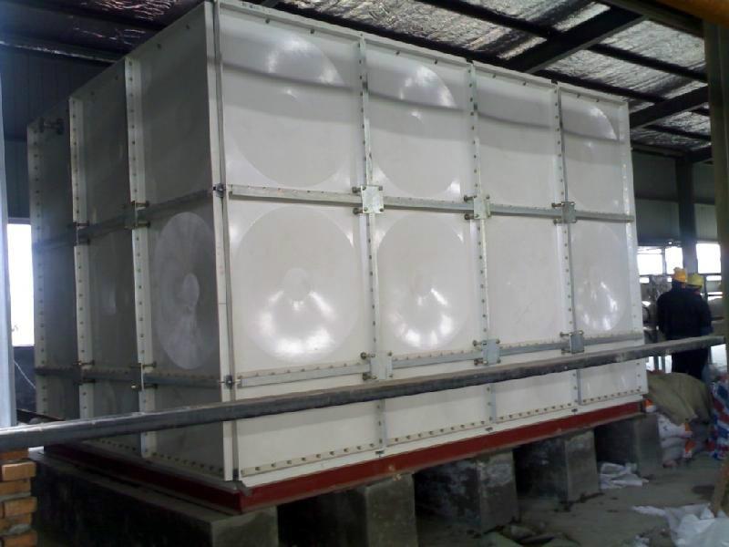 供应天津玻璃钢水箱维修价格_塘沽水箱维修_静海_大港_北辰