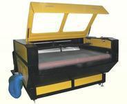 供应优质布料服装激光雕刻机150W 工艺礼品加工设备 批发