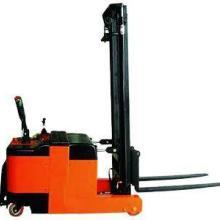 供应前移式电动堆高车,配重式电动叉车图片