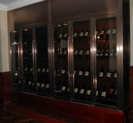 2014新款彩色不锈钢酒柜 私人酒窖不锈钢展示柜 红酒专卖店酒柜酒架