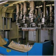供应汽车门板内饰汽车配件焊接机