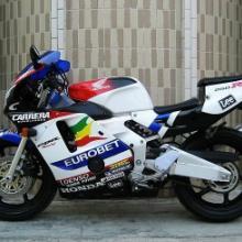 本田CBR250RR