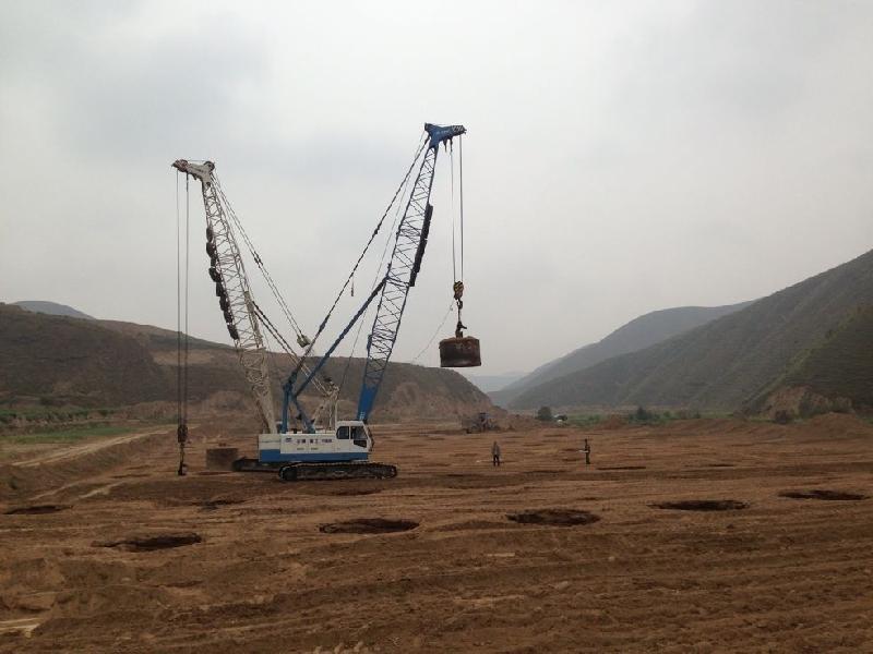 甘肃强夯机出租 兰州大型灰土挤密桩施工 巨能施工 图 高清图片
