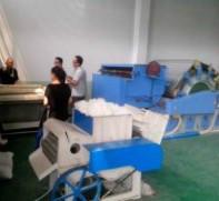 轧花机处理籽棉图片