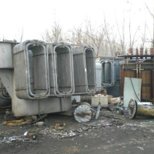大量回收变压器图片