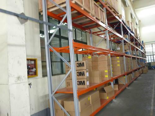 供应昆山重型仓储货架图片