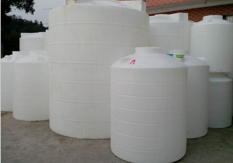 供应PE储罐无毒塑料水箱图片