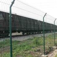 铁路护栏图片