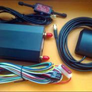 卫星监控车载GPS定位器图片