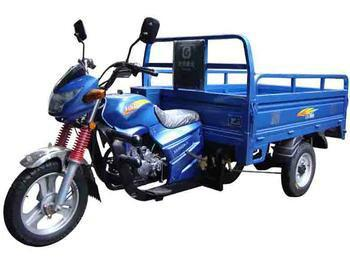 隆鑫三轮摩托车 隆鑫三轮摩托车供货商 高清图片