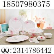 景德镇56头骨瓷餐具图片