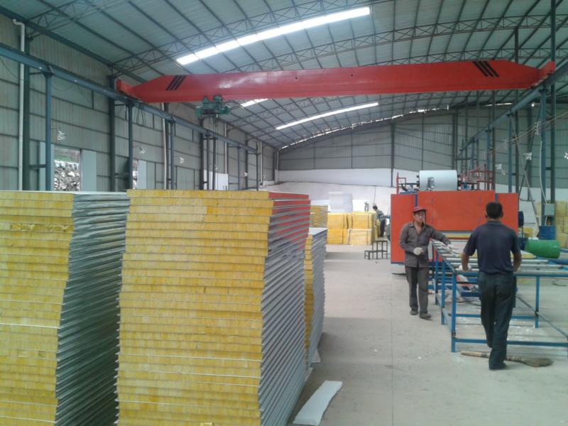 供应临沧州玻璃棉彩钢夹芯板
