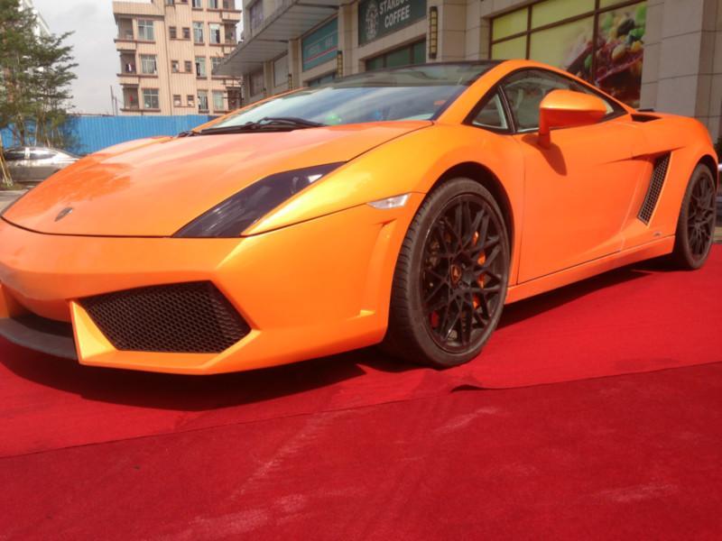 兰博基尼和法拉利_兰博基尼,法拉利最便宜的跑车多少钱?-
