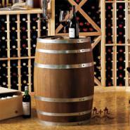 实木橡木酒桶图片