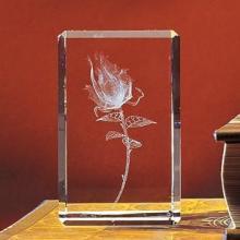 供应水晶内雕纪念品哪里有水晶内雕,内雕工艺品,可来样定做图片