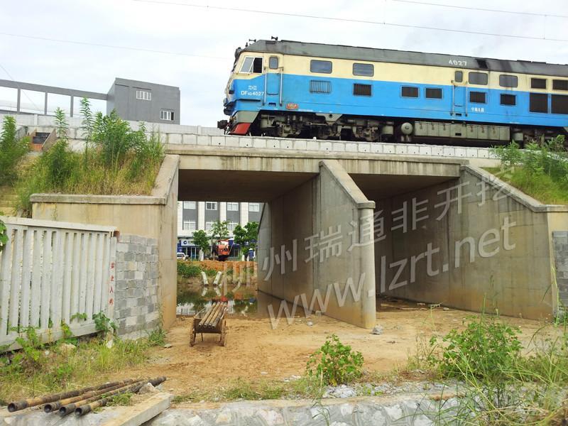 供应提供防城港市非开挖顶管工程施工