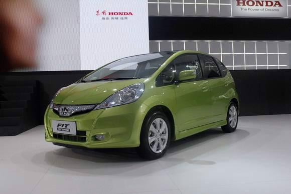 商 供应本田飞度 油电混合 新能源电动轿车 电-唐骏新能源电动轿车高清图片