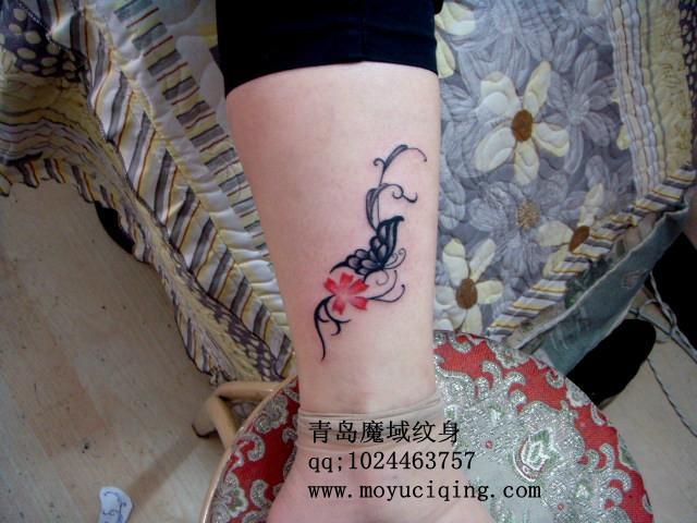 纹身字母_手指字母纹身小图案_胸口字母纹身_小腿图片