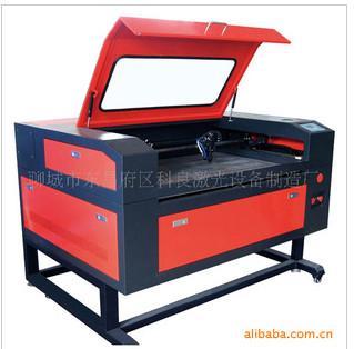 供应山东最大激光雕刻机激光切割机