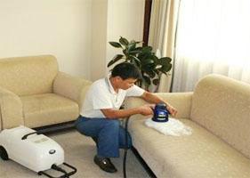 供应清洗白色皮沙发及保养价格/