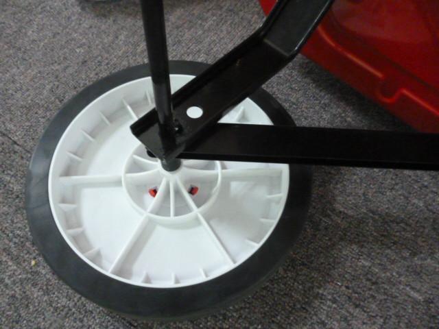 供应轮滑产品厂家/轮滑产品价格/滑板厂家
