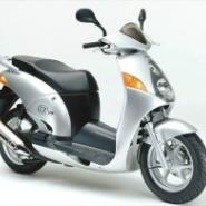 本田150踏板车图片