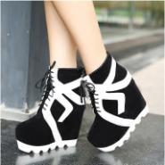 高跟女靴厚底坡跟短靴休闲马丁靴图片