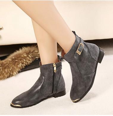 供应秋冬新品 舒适低跟女靴外贸原单金属装饰皮带扣短靴欧美时尚女靴