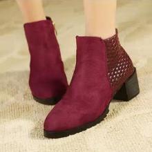 供应2013秋冬韩版新款中跟短靴女式马丁靴女靴子英伦磨砂拼接高跟鞋女