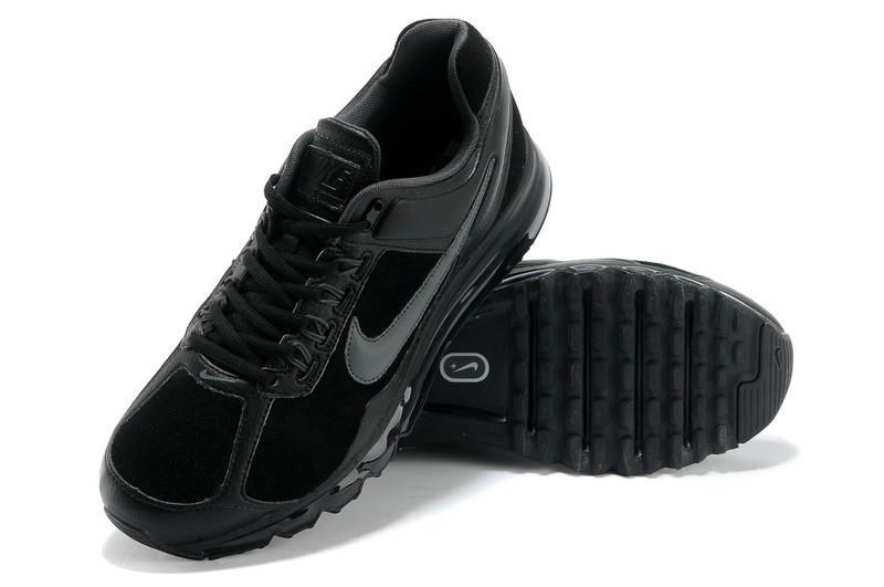 供应女生耐克运动鞋