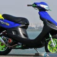 雅马哈凌鹰100摩托车图片