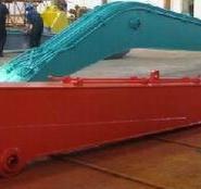 现代215-7挖掘机18米20米加长臂厂图片
