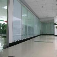 重庆磨砂玻璃隔断玉砂玻璃隔断图片