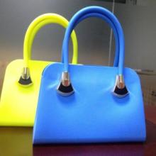 供应硅胶手挎包,硅胶挂包,硅胶表带,硅胶礼品,硅胶帽