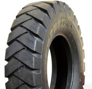 1300-25矿山载重轮胎图片