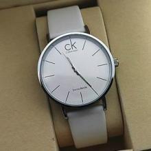 供应情侣表女士皮带ck手表