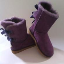 供應羊皮毛一體女款蝴蝶雪地靴 親子款進口環保保暖兩蝴蝶雪地靴批發圖片