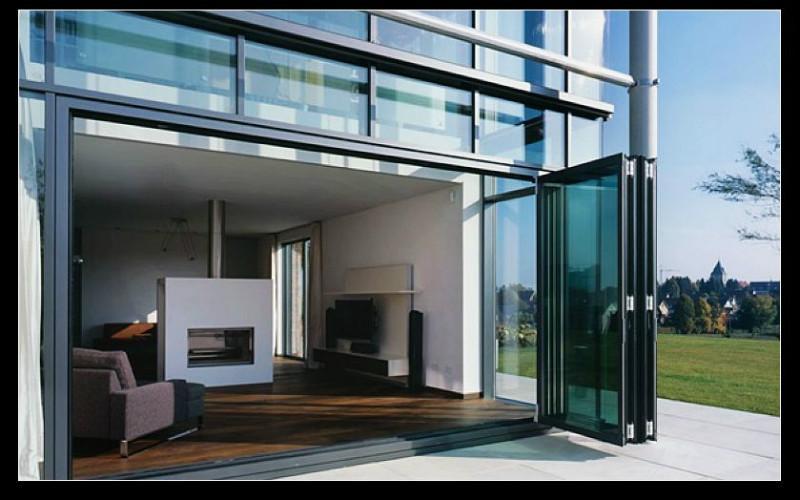 供应别墅阳台铝合金折叠门定做厂家图片